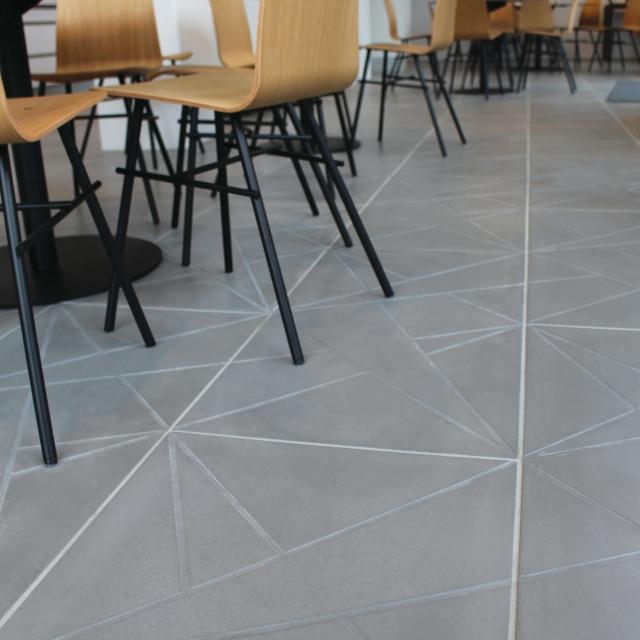betonfliser indendørs